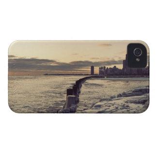 USA, Illinois, Chicago, Skyline at sunrise iPhone 4 Case-Mate Cases