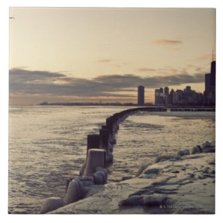 USA, Illinois, Chicago, Skyline at sunrise Tile