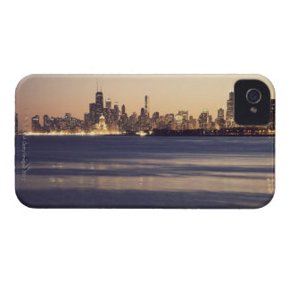 USA, Illinois, Chicago, Skyline at sunset iPhone 4 Cover