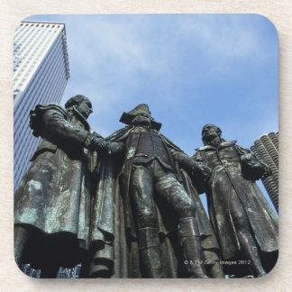 USA, Illinois, Chicago, skyscraper and statue Coaster