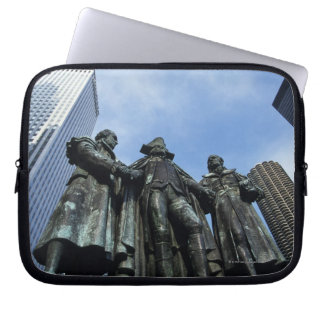 USA, Illinois, Chicago, skyscraper and statue Laptop Sleeve