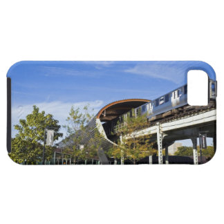 USA, Illinois, Chicago, Train passing Illinois iPhone 5 Cover