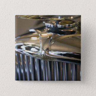 USA, Indiana, Auburn: Auburn, Cord, Duesenberg 5 15 Cm Square Badge