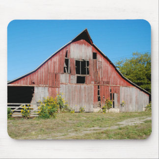 USA, Kansas, Old Red Barn Mouse Mat
