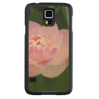USA, Kansas, Pink Water Lilly Carved Maple Galaxy S5 Case