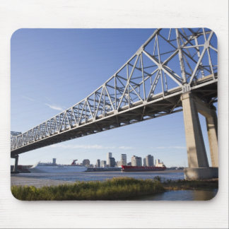 USA, Louisiana, New Orleans. Skyline from the 2 Mouse Mat
