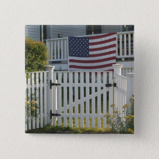 USA, Massachusettes, Gloucester: Patriotic Fence 15 Cm Square Badge