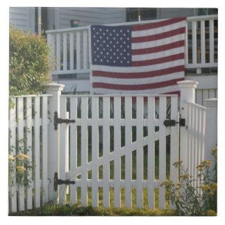 USA, Massachusettes, Gloucester: Patriotic Fence Large Square Tile