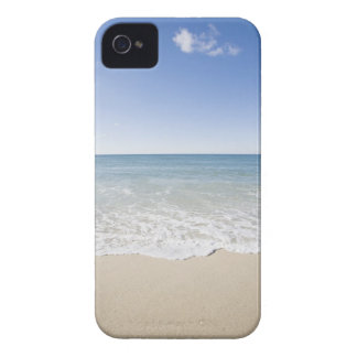 USA, Massachusetts, Waves at sandy beach iPhone 4 Case-Mate Case