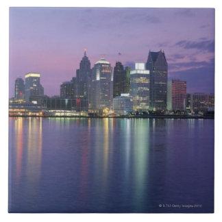 USA, Michigan, Detroit skyline, night Tile