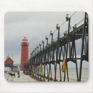 USA, Michigan, Lake Michigan Shore, Grand Haven: Mouse Pad