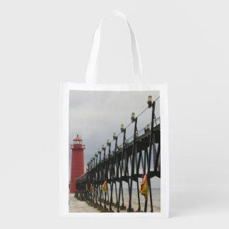 USA, Michigan, Lake Michigan Shore, Grand Haven: Reusable Grocery Bag