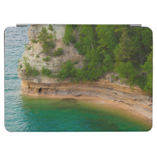 USA, Michigan. Miner's Castle Rock Formation iPad Air Cover
