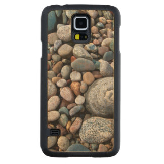 USA, Michigan. Polished Pebbles On The Shore Maple Galaxy S5 Case