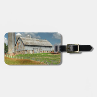 USA, Minnesota Barn And Silo Luggage Tag