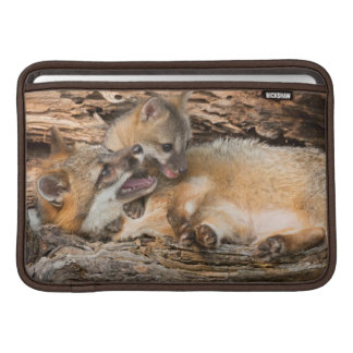 USA, Minnesota, Sandstone, Minnesota Wildlife 23 Sleeve For MacBook Air