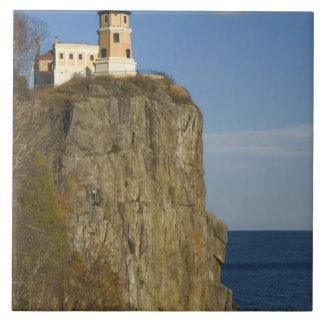 USA, Minnesota.  Split Rock Lighthouse on Lake Tile