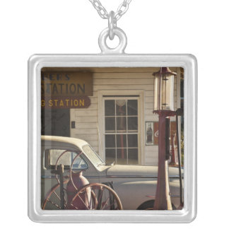 USA, Mississippi, Jackson, Mississippi Silver Plated Necklace