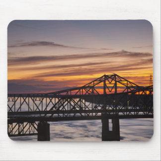 USA, Mississippi, Vicksburg. I-20 Highway and Mouse Mat
