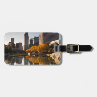 USA, Nebraska, Omaha, Gene Leahy Mall, Skyline Luggage Tag