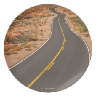 USA, Nevada, Valley of Fire, desert road Plate