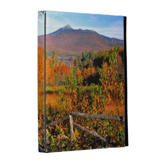 USA, New England, New Hampshire, Chocorua iPad Case