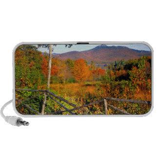 USA, New England, New Hampshire, Chocorua iPhone Speaker
