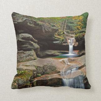 USA, New England, New Hampshire, White Mountains Throw Pillows