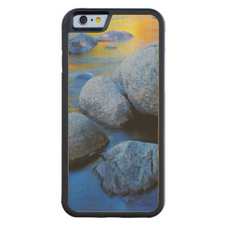 USA, New Hampshire, White Mountain National Carved® Maple iPhone 6 Bumper