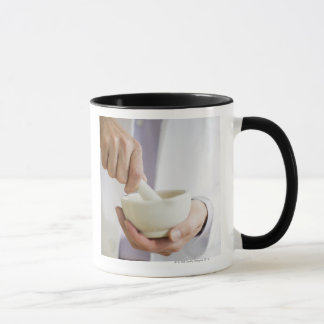 USA, New Jersey, Jersey City, Doctor preparing Mug