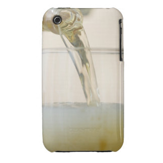 USA, New Jersey, Jersey City, pouring beer into iPhone 3 Case