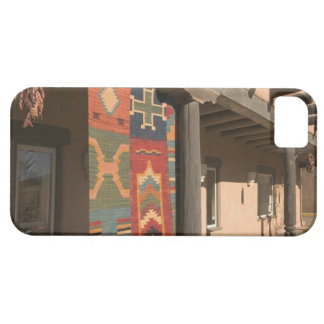 USA, New Mexico, Taos: Navaho Rug Gallery Kit Barely There iPhone 5 Case
