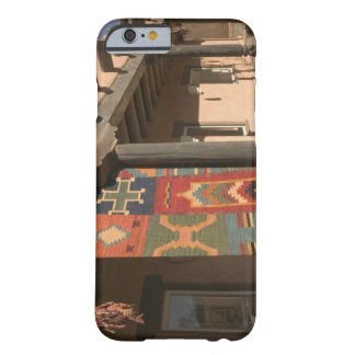 USA, New Mexico, Taos: Navaho Rug Gallery Kit Barely There iPhone 6 Case