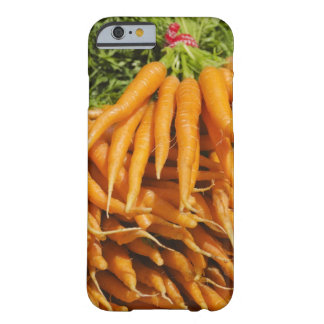 USA, New York City, Carrots for sale 2 Barely There iPhone 6 Case