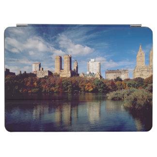 USA, New York City, Central Park, Lake iPad Air Cover