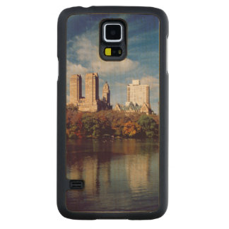 USA, New York City, Central Park, Lake Maple Galaxy S5 Slim Case