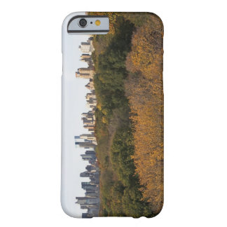 USA, New York City, Manhattan skyline from Barely There iPhone 6 Case