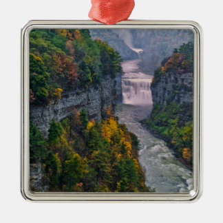 USA, New York, Letchworth State Park. River and Christmas Ornament