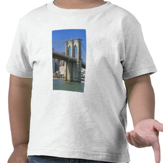 USA, New York, New York City. Brooklyn Bridge T Shirts