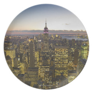 USA, New York, New York City, Cityscape at dusk 2 Plate