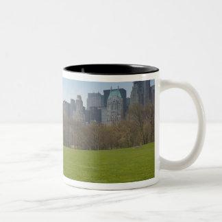 USA, New York, New York City, Manhattan: 18 Two-Tone Coffee Mug
