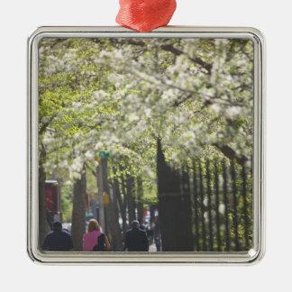 USA, New York, New York City, Manhattan: 8 Christmas Ornament