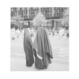 USA, NEW YORK: New York City Nuns Watching NYC Notepad