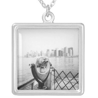 USA, NEW YORK: New York City Scenic Viewer Silver Plated Necklace
