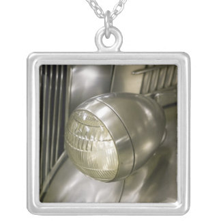 USA, Ohio, Cleveland: Western Reserve Historical 2 Silver Plated Necklace