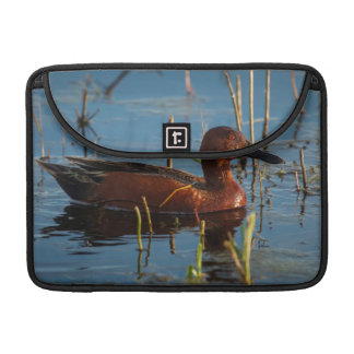 USA, Oregon, Baskett Slough National Wildlife 8 Sleeve For MacBook Pro