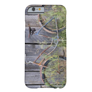 USA, Oregon, Bend. A dilapidated old bike Barely There iPhone 6 Case