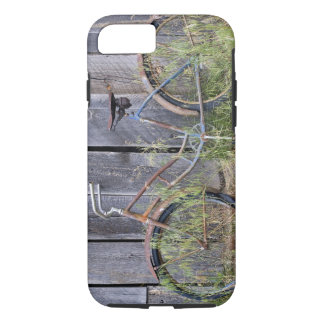 USA, Oregon, Bend. A dilapidated old bike iPhone 7 Case