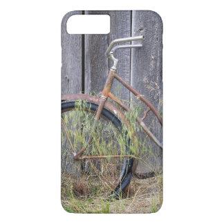 USA, Oregon, Bend. A dilapidated old bike iPhone 7 Plus Case