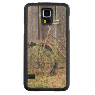 USA, Oregon, Bend. A dilapidated old bike Maple Galaxy S5 Slim Case